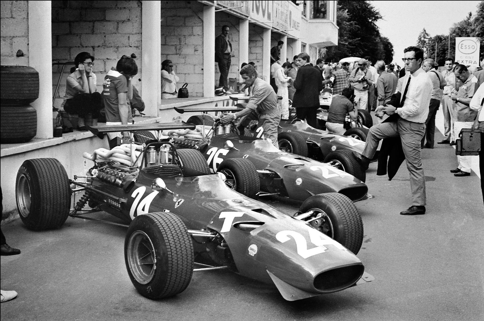 059 - Scuderia Ferrari.jpg