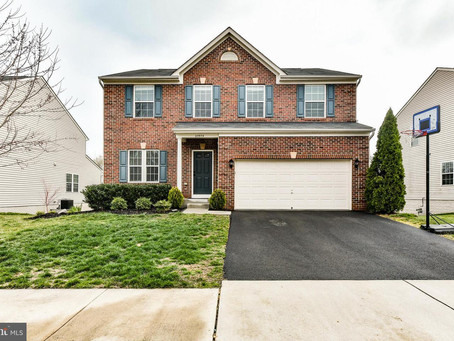 Just Listed in South Riding!