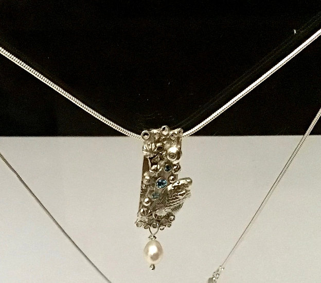 Silver Pendant with Pearl Drop