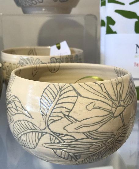 Ceramic bowl by Niki Bell