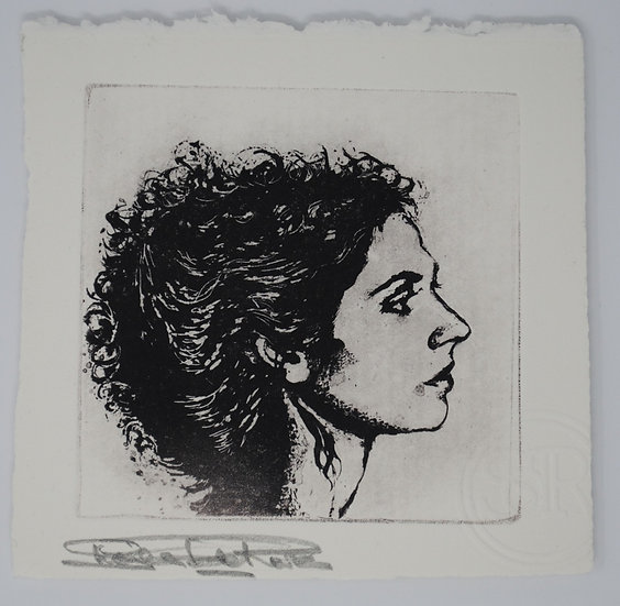 Shelia De Rosa Heroine