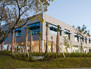 New Ft. Lauderdale Building uses High-Performance Glazing System to Meet Hurricane and Energy Needs