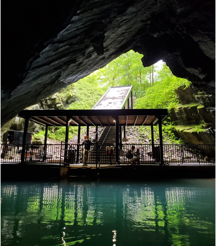 Penn's Cave in Central PA, Centre County Pennsylvania, cave, cavern, best things to do as a family, fun activities, fun activities for families, activities for all ages, things to try in PA