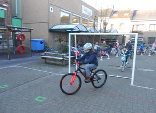 3B Meester op de fiets (12/02/2020)