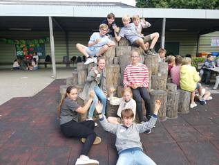 6de lrj: De zesdeklassers klinken op het nieuwe schooljaar (19/09/19)