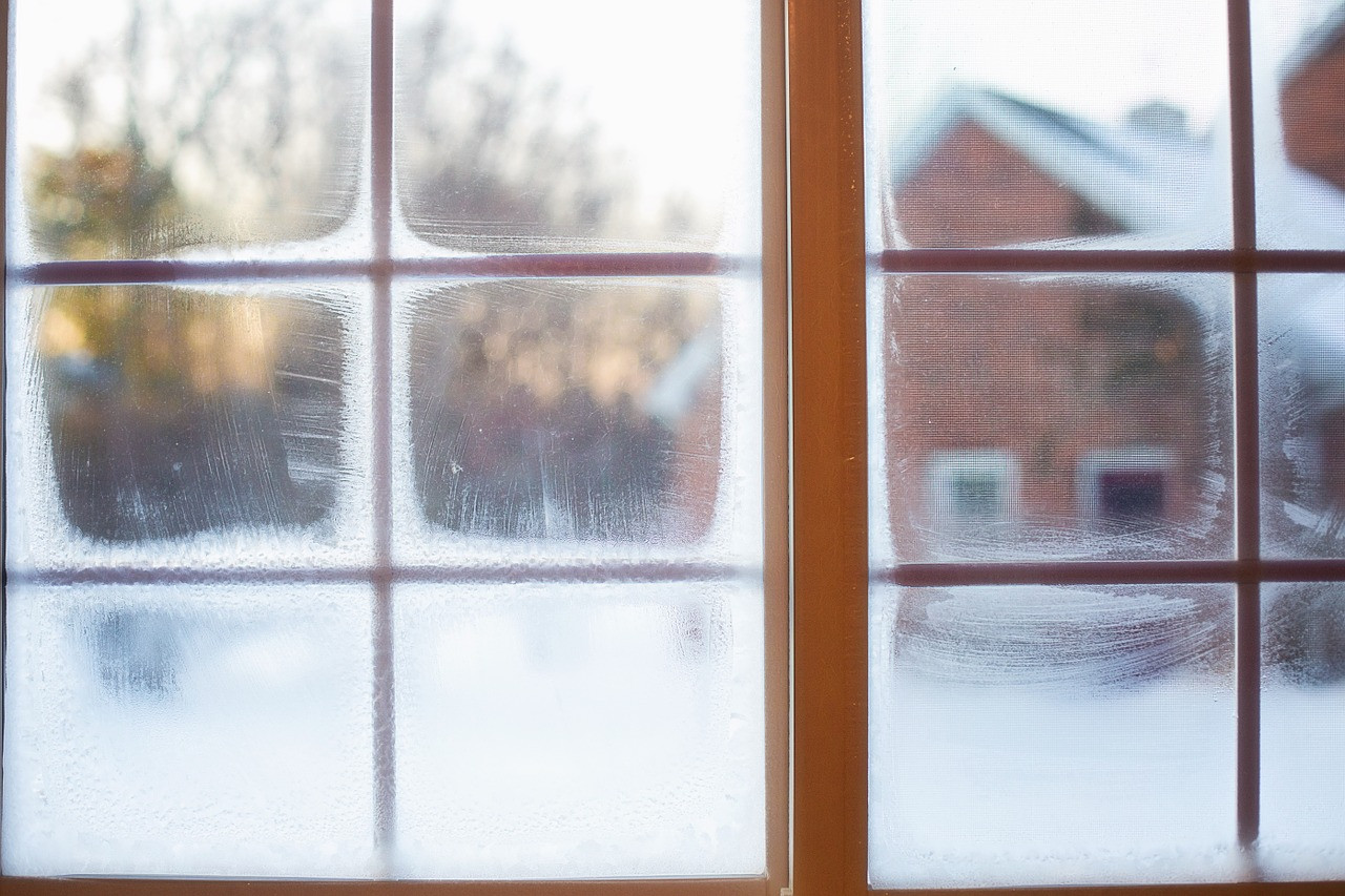 frost-on-window-637531_1280.jpg