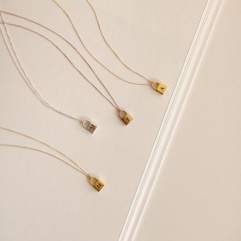 PERSONALIZED GOLD LOCK NECKLACE