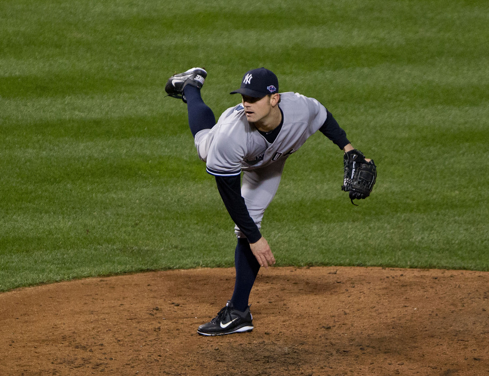 David Robertson pitching for the New York Yankees.