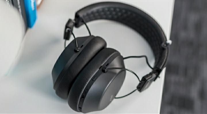 Plantronics Backbeat Fit 6100 Review