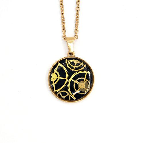 Medium Circle Gold Necklace
