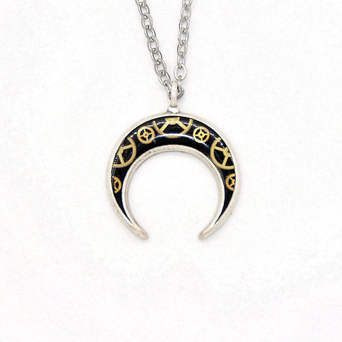 Crescent Horn Silver Necklace