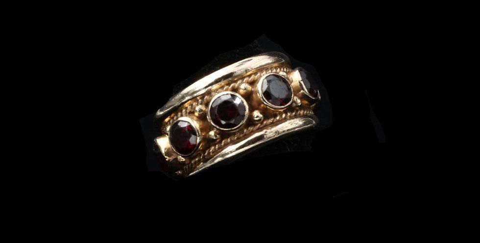 14K Ganet Band Ring