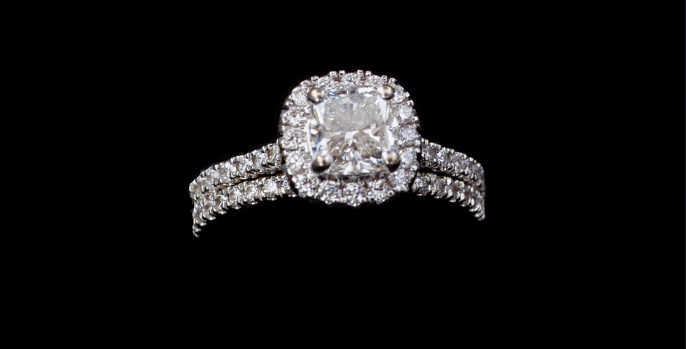 18K .90ct Cushion Cut Diamond Ring