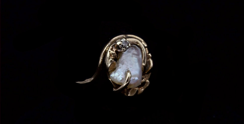 10K Yellow Gold Vintage Fresh Water Pearl and Diamond Ring