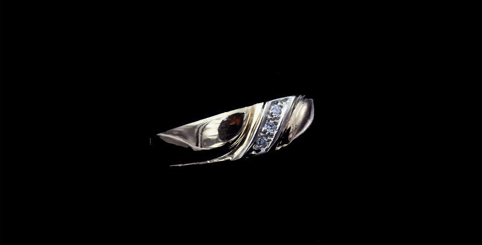 14K Yellow Gold .06 Carat Diamond Ring