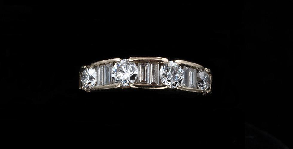 14k 1.50 Carat Total Weight Diamond ring
