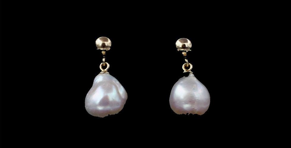 14K Yellow Gold Barqoue Pearl Earrings