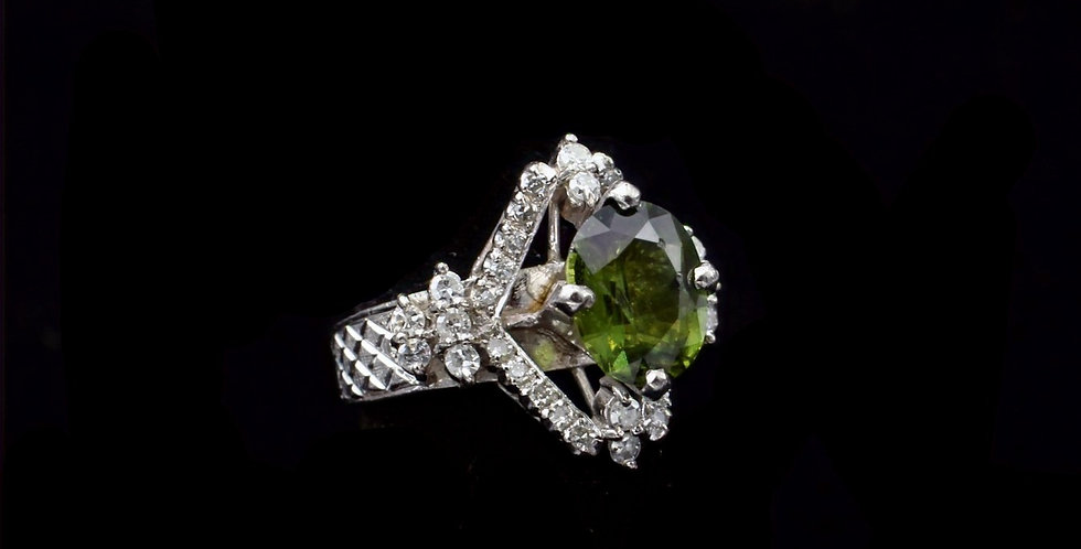 14K White Gold Green Tourmaline & Diamond Ring