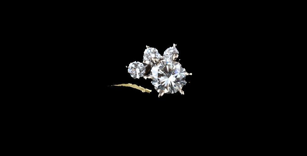 18K .25ct Total Weight Diamond Ring