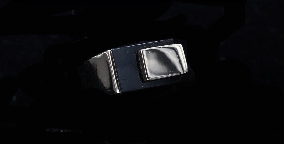 18K Onyx Ring