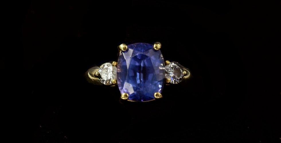18K Yellow Gold 5.22 Carat Tanzanite and Diamond Ring