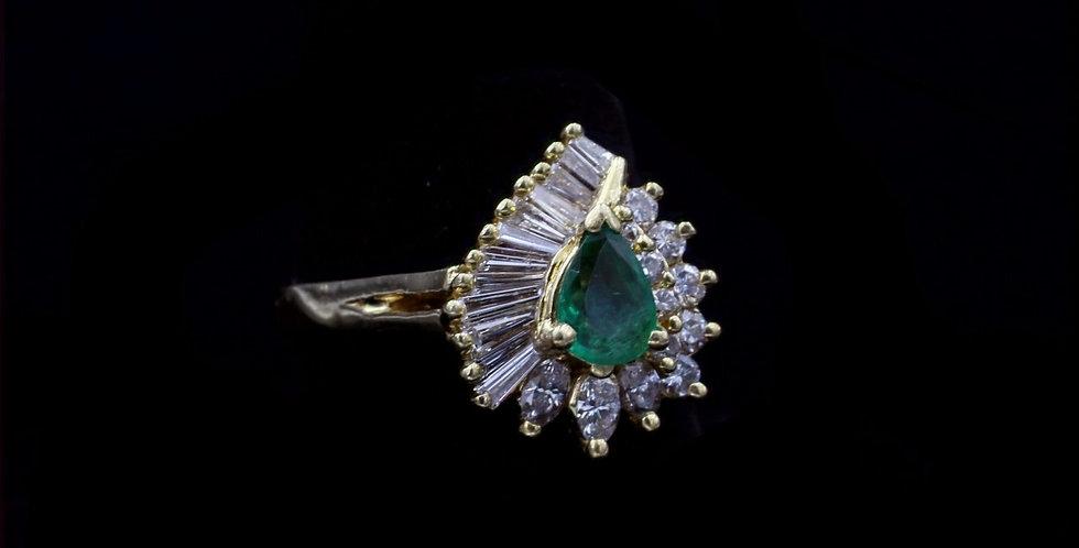 18K Vintage Emerald and Diamond Ring