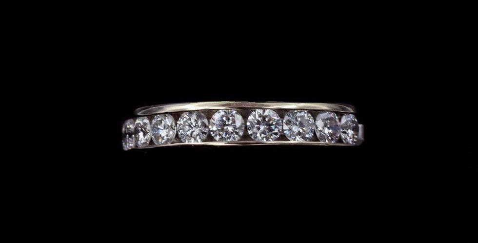 18K 1.00ct twt. Diamond Ring