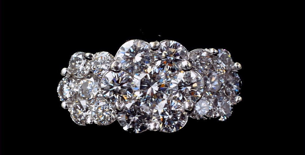 14K Yellow Gold 2.00 Carats Total Weight Diamond Cluster Ring