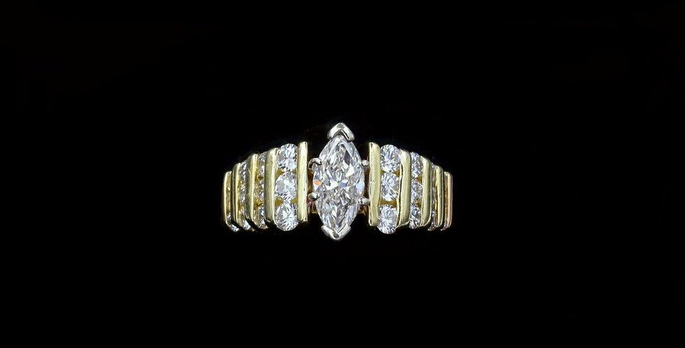 18K .80 & 1.00ct Diamond Ring