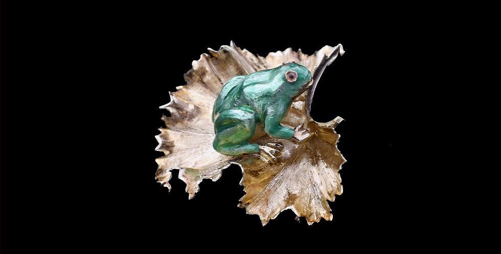 14K Vintage Enameled Frog Brooch