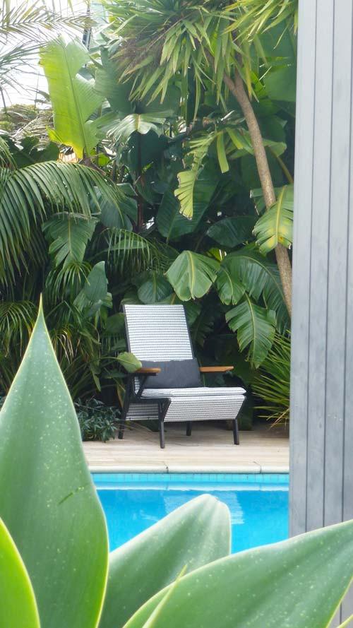 garden-chair.jpg