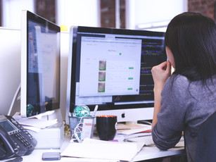 4 Signs That You Need a New Web Designer
