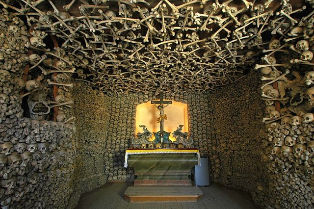 Chapel of Skulls in Czermna, Poland. By Merlin (Own work) [GFDL (http://www.gnu.org/copyleft/fdl.html) or CC BY 3.0 (http://creativecommons.org/licenses/by/3.0)], via Wikimedia Commons