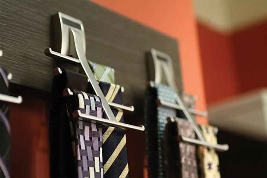 tie hooks for closet