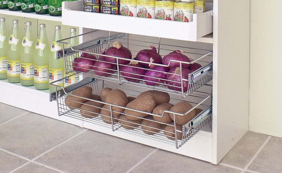 pull-out-wire-baskets