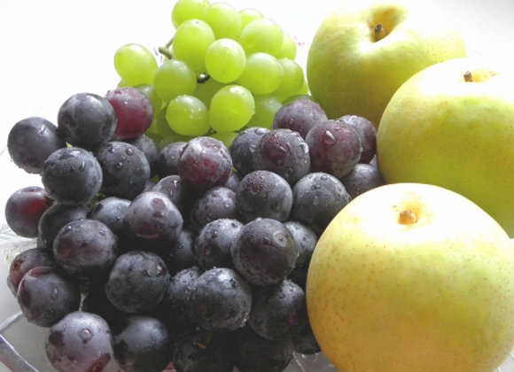 ⑨二十世紀梨とぶどう(2種類)のセット