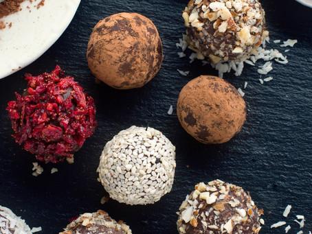 Cacao Cashew Chia Balls