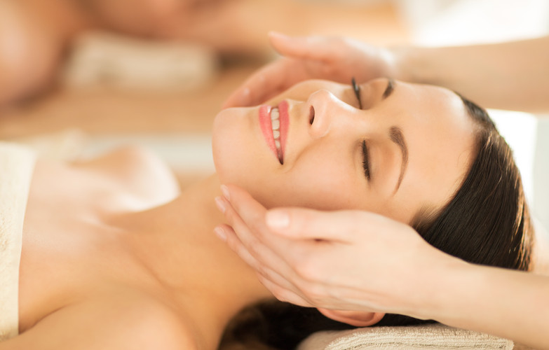 Microdermabrasion Facial with Collagen Mask