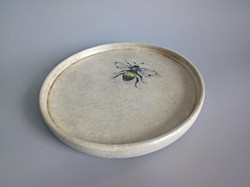 Bee on Stone Effect Bowl