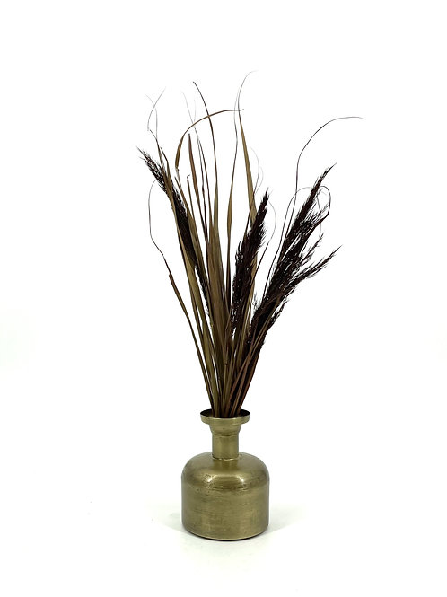 Kleine bronskleurige vaas met chique droogbloemen