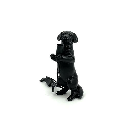Schattig hondenlampje zwart