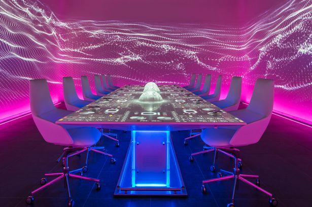 Table-at-Ibiza-restaurant-Sublimotion