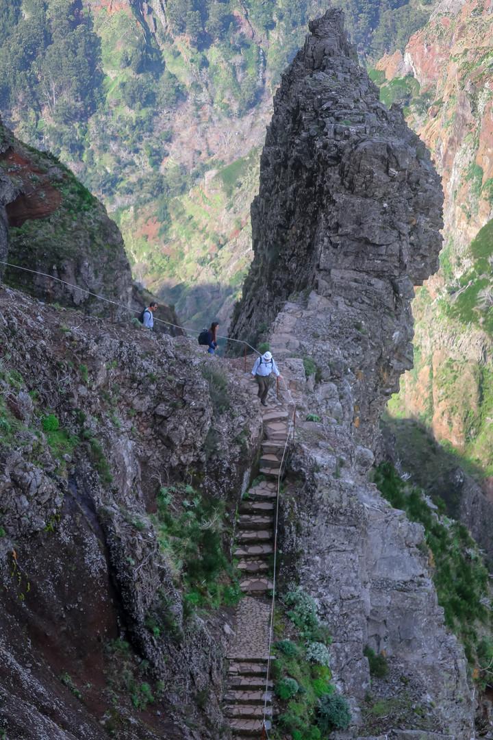 Areeiro Peak Trail - Madeira Island