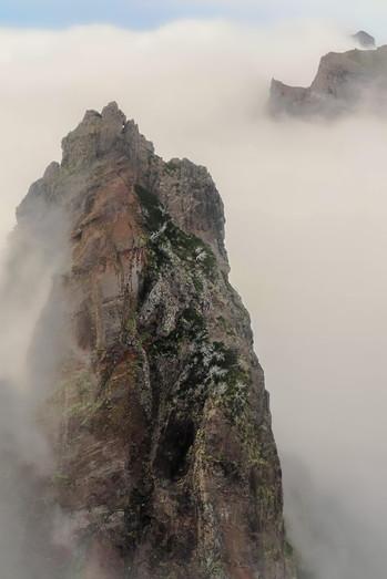 Vereda do Pico do Arieiro - Madeira Island