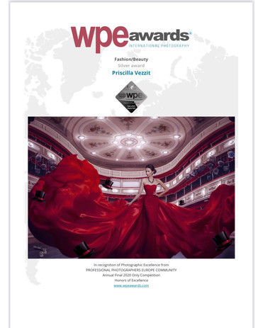 Lady In Red - Wpe International Photography Awards