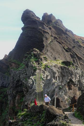 Vereda do Pico do Arieiro- Madeira Island