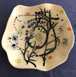 Large asymmetric bowl