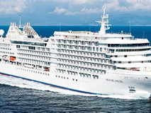 Silversea Christens the Silver Moon