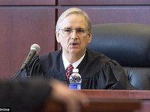 Judge Issues Restraining Order in Florida's Favor