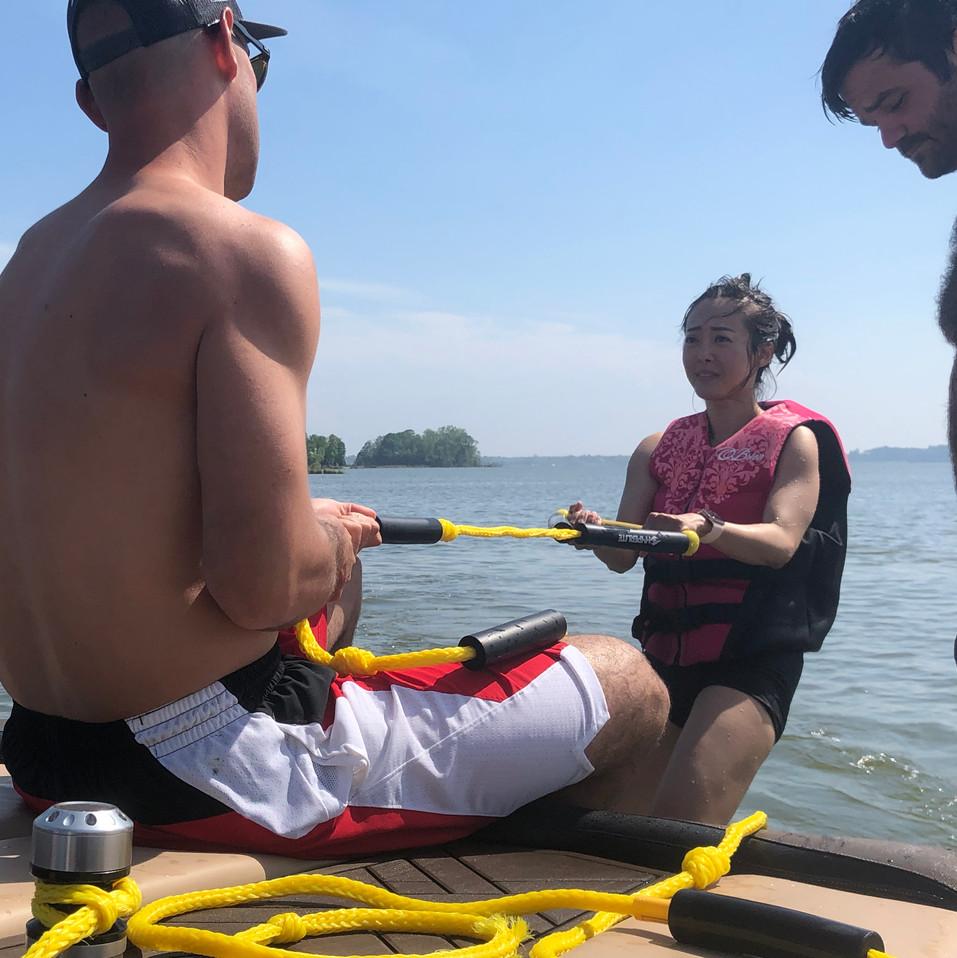 2019-05-04 Chris Teaching Katrina Wakesurfing